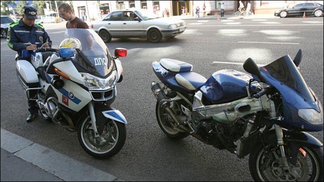 Штраф за езду без прав на мотоцикле