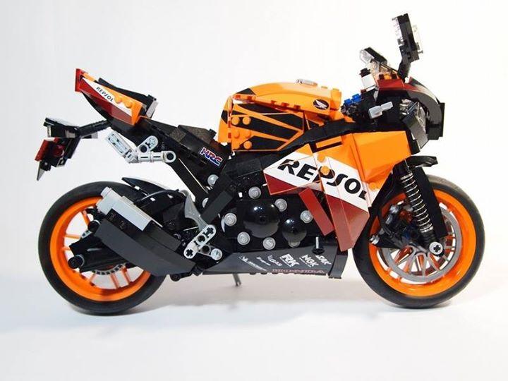 Мотоциклы из лего