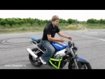 Как экстренно тормозить на мотоцикле?