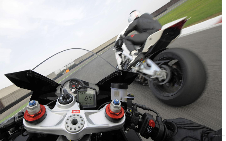 Все скорости мотоцикла и его максимальная скорость