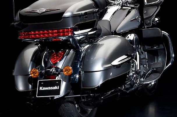 Пластиковые кофры для мотоцикла