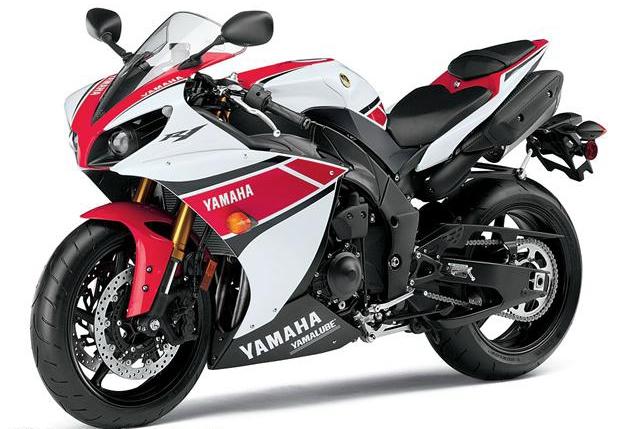 Yamaha YZF-R1 - с трекшн-контролем