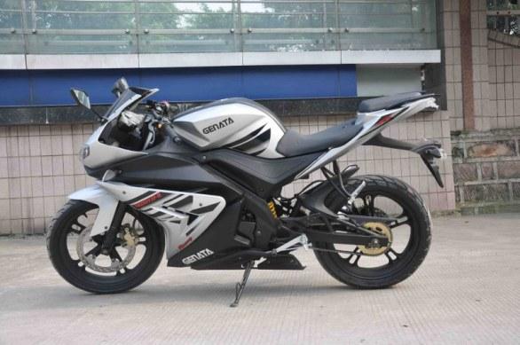 Китайский клон Yamaha YZF-R125