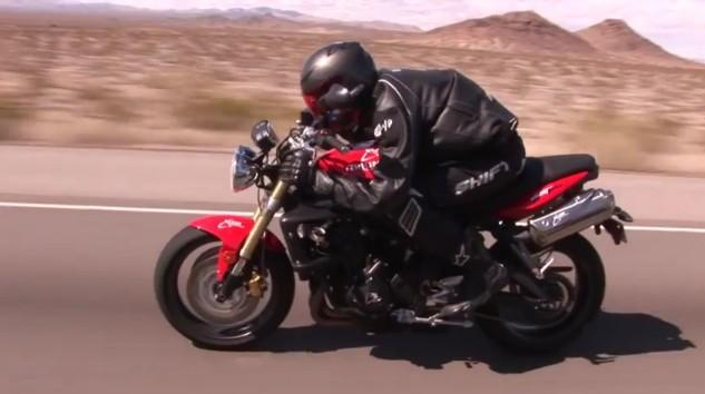Мотоцикл Triumph готовят в космос