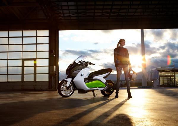 Электроскутер от BMW