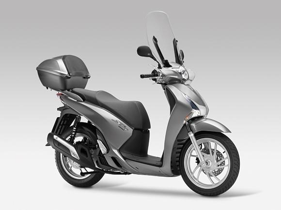 Рынки Европы ждут новых поступлений скутеров от Honda Motor