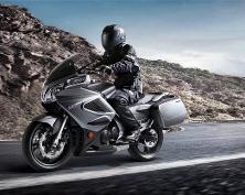 Мотоцикл CFMoto 650TR - двойник HondaSTX1300