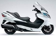 Отличная модель Suzuki Burgman 400 LUX