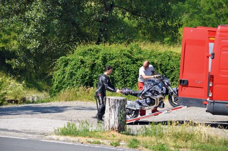 Папарацци обнародовали фотографии нового Ducati Monster 2014