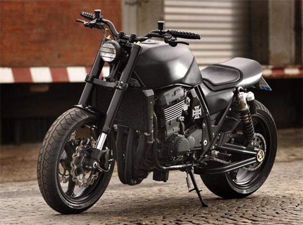 Специалисты MB Cycles создали новый ретро стритфайтер Kawasaki ZRX1200