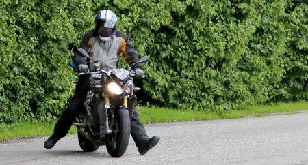 Папарацци сфотографировали новинку BMW S1000R