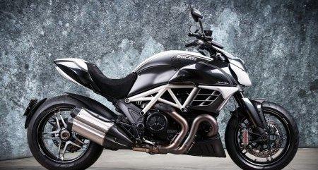 Ducati Diavel AMG Vilner вышел в свет
