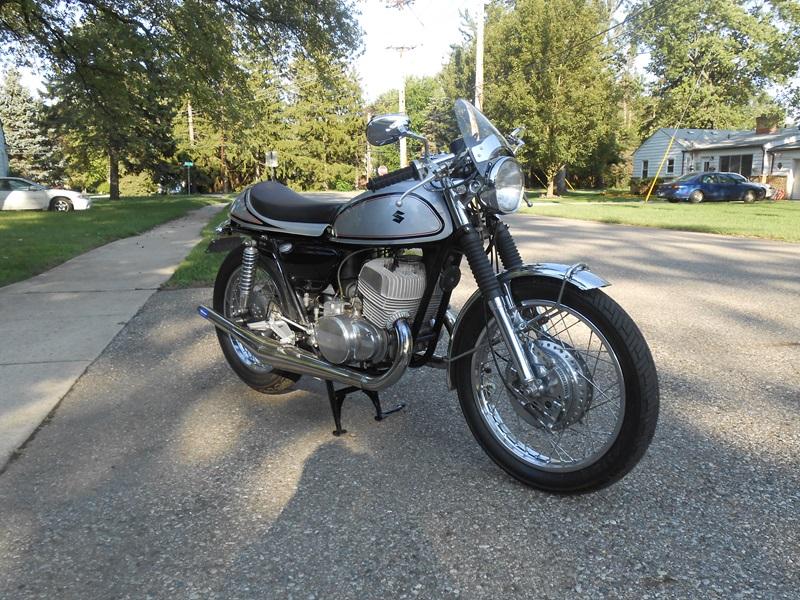 Ральф Спенсер создал Suzuki T500 Titan 1971
