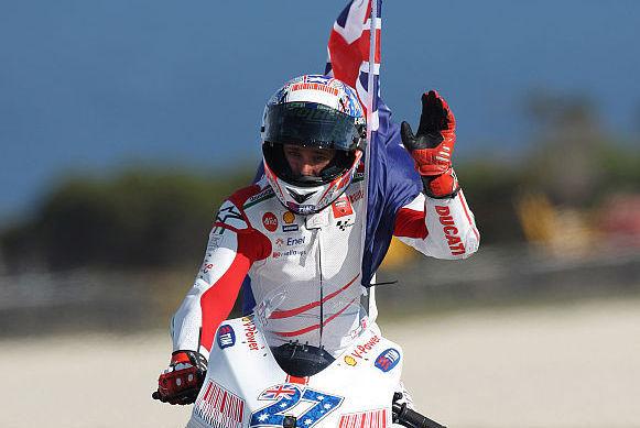 Завоевав титул чемпиона в сезоне 2007 года, Кейси Стоунер довольно быстро оказался за бортом Ducati