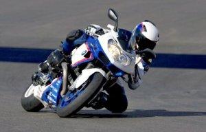 BMW отзывает мотоциклы