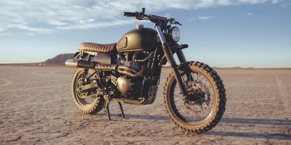 British Customs создали пустынный байк Triumph Scrambler