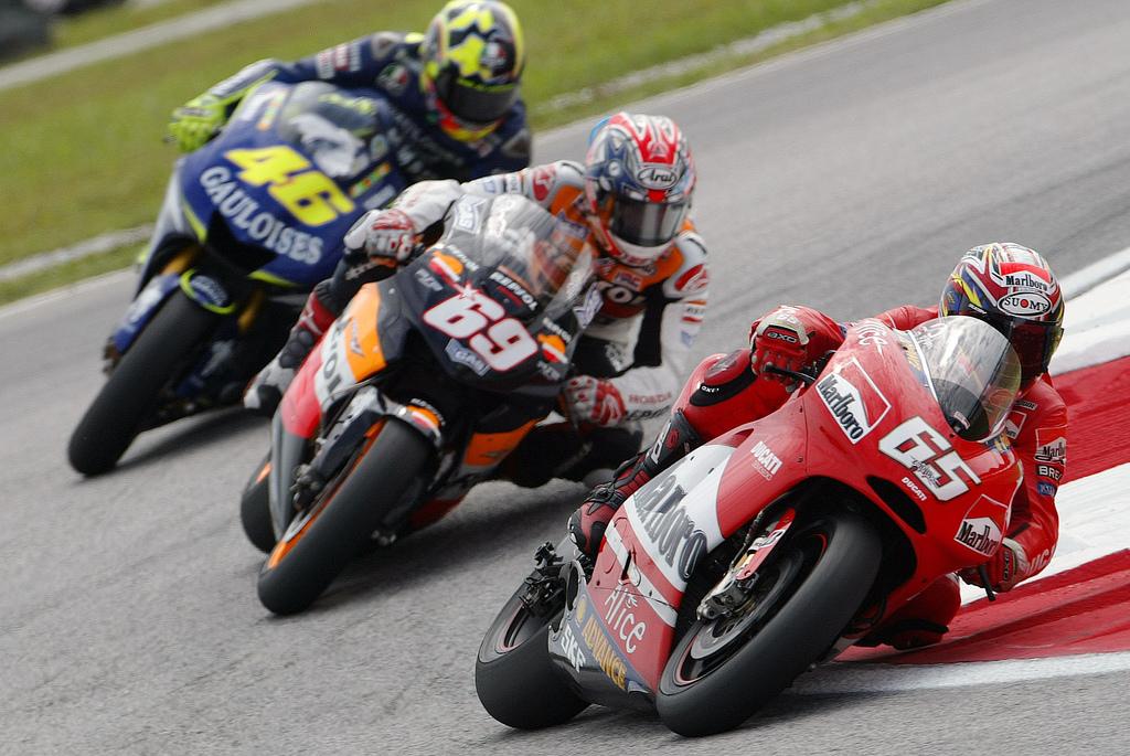 Опубликован календарь гонок для MotoGP-2015 года