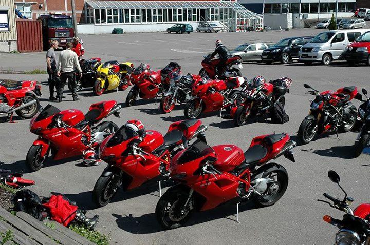 """Ducati Россия"" - 10 байков за пол цены"