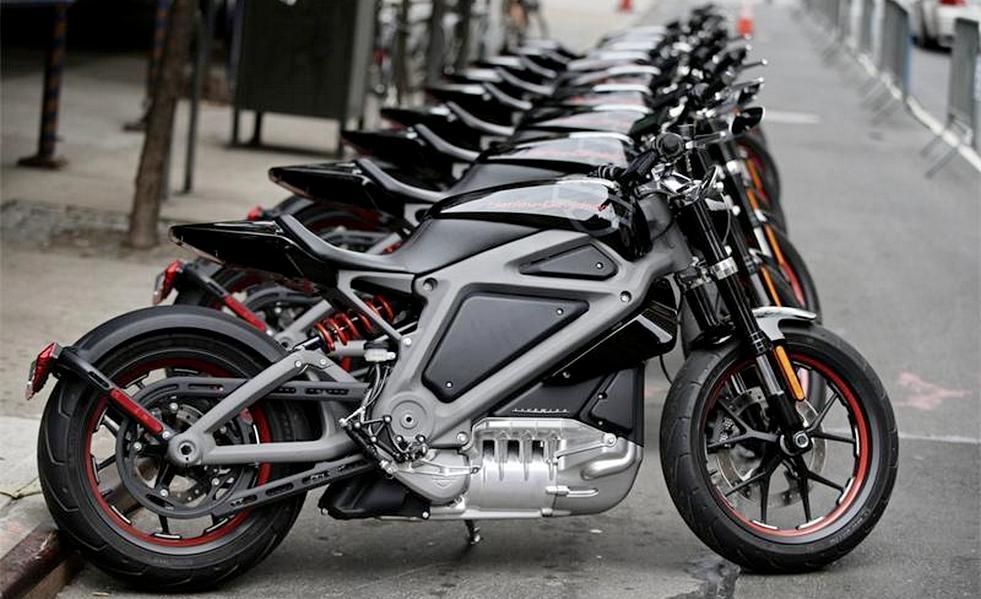 """Серийный электрический байк от """"Harley-Davidson"""""""