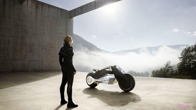 Компания BMW представила новый концепт мотоцикла будущего