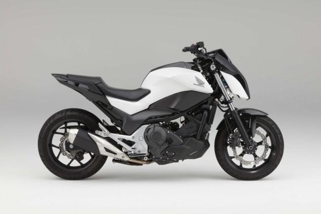 Специалисты Honda продемонстрировали самобалансирующий мотоцикл
