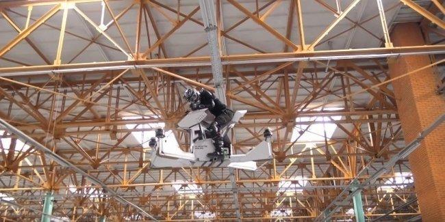 Модель летающего мотоцикла Scorpion-3