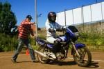 Нужно ли иметь инструктора по вождению мотоцикла