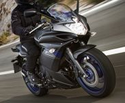 yamaha-600-XJ6-diversion-F-race-blu-2013-800px.jpg