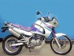 Информация по эксплуатации, максимальная скорость, расход топлива, фото и видео мотоциклов KLE 400 1995