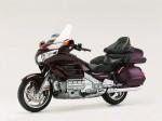 Информация по эксплуатации, максимальная скорость, расход топлива, фото и видео мотоциклов GL 1800 Gold Wing