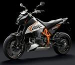 Мотоцикл 690 Duke R (2011): Эксплуатация, руководство, цены, стоимость и расход топлива