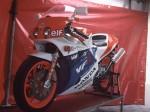 Информация по эксплуатации, максимальная скорость, расход топлива, фото и видео мотоциклов VFR750R (RC30) (1987)