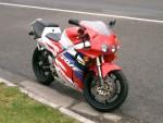 Информация по эксплуатации, максимальная скорость, расход топлива, фото и видео мотоциклов RVF400R (NC35) (1994)