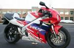Информация по эксплуатации, максимальная скорость, расход топлива, фото и видео мотоциклов RVF750R (RC45) (1994)
