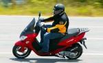 Мотоцикл Laser 150 (2010): Эксплуатация, руководство, цены, стоимость и расход топлива