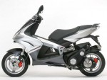Информация по эксплуатации, максимальная скорость, расход топлива, фото и видео мотоциклов JetForce 125 Compressor (2009)
