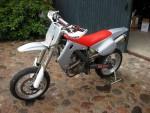 Мотоцикл S 570 E Motard 2004: Эксплуатация, руководство, цены, стоимость и расход топлива
